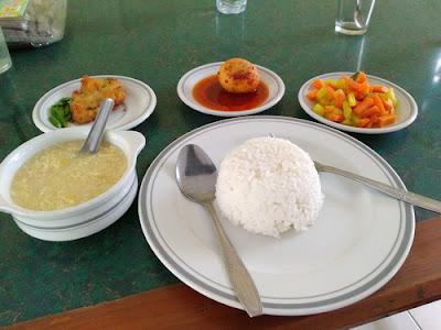 Rumah Makan Nglaras Rasa Ungaran