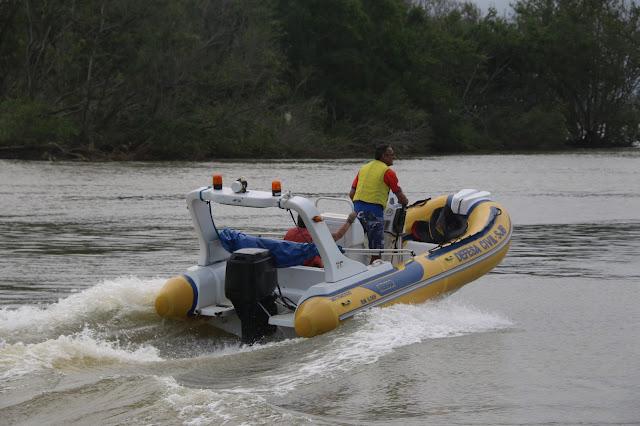 http://vnoticia.com.br/noticia/2694-pescador-de-atafona-e-resgatado-em-alto-mar-apos-acidente