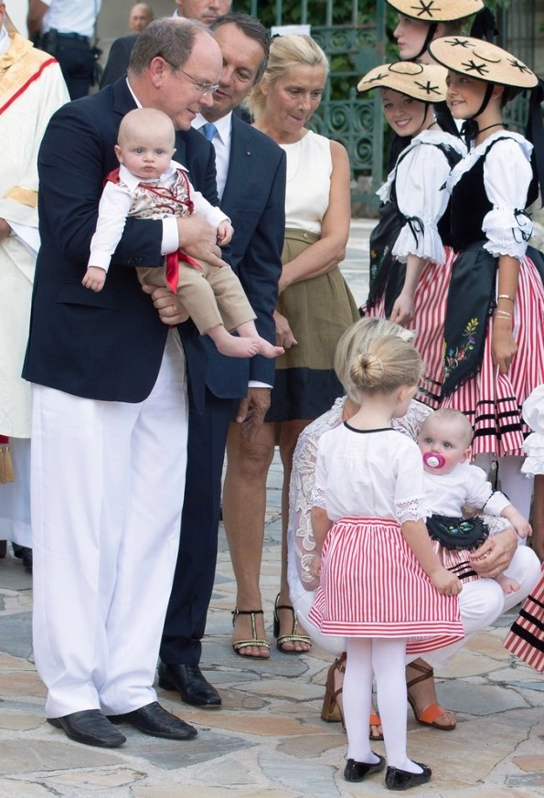 Princess Charlene And Prince Albert Attend Traditional 'Pique Nique Monegasque'
