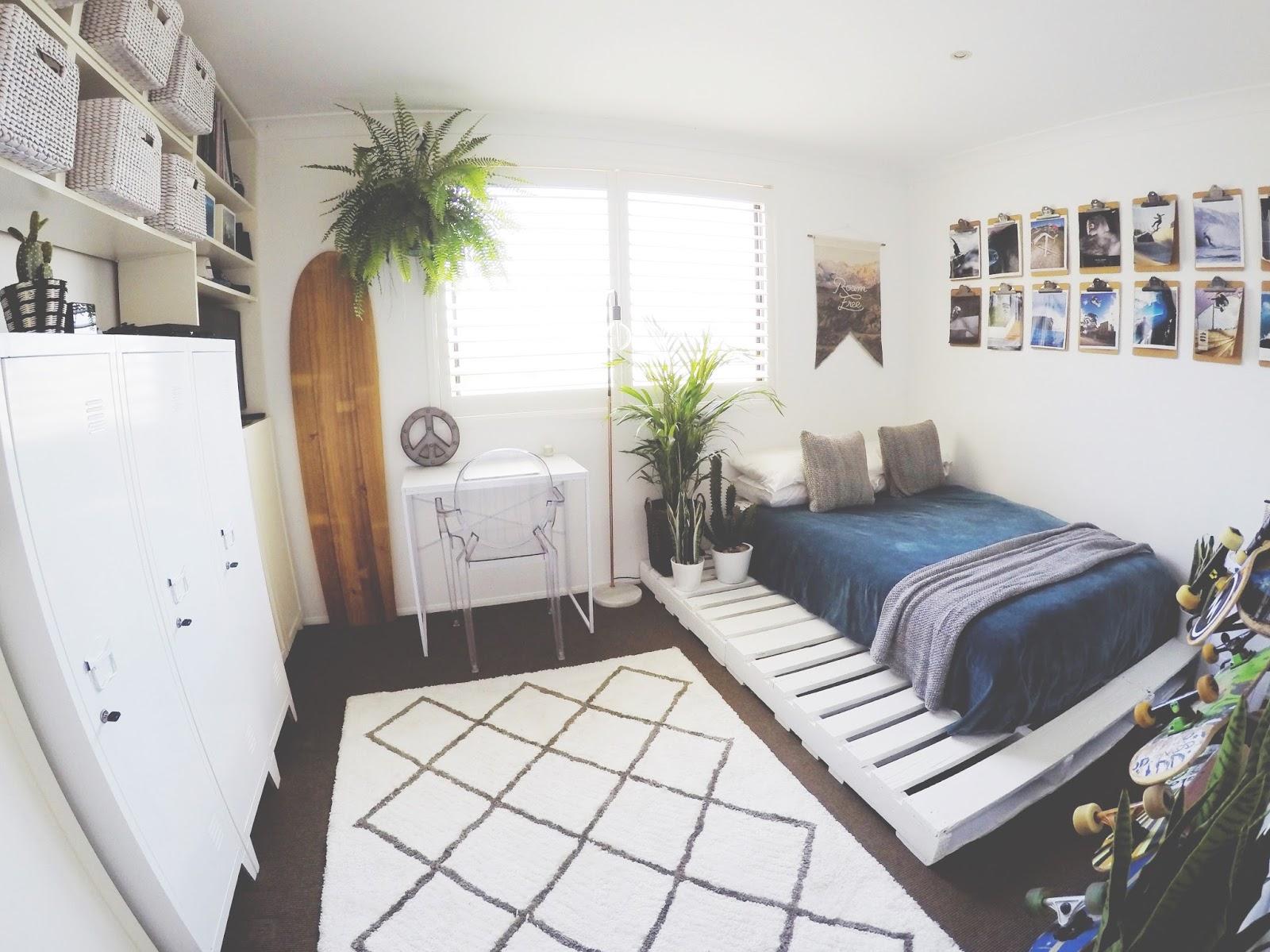 honey and fizz: Teen Bedroom - Finn's Room Makeover ... on Pallet Bedroom  id=19617