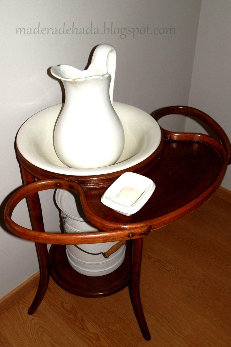 Mueble de lavabo thonet madera de hada for Mueble lavabo madera