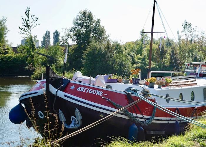 L'Antigone boat in Les Hortillonages