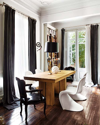 Interiors in black and white via belle vivir blog