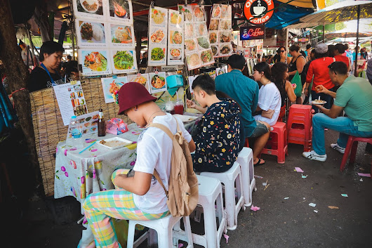 Little Miss Violet | A Fashion and Lifestyle blog in Macau: Chatuchak Weekend Market | A Visual Explosion