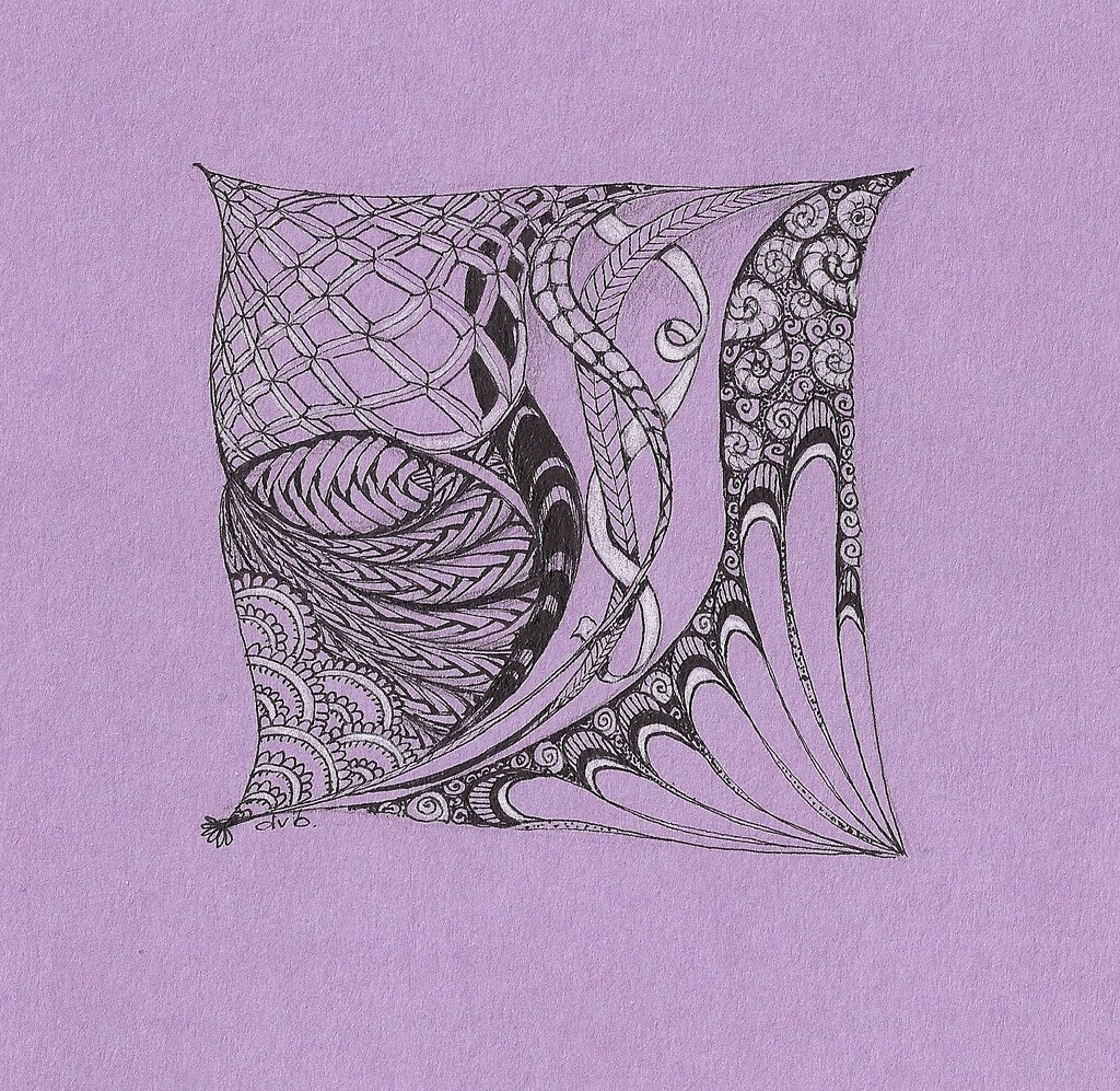 05-See-Through-Me-Deborah-Elaborate-Zentangle-Drawings-www-designstack-co