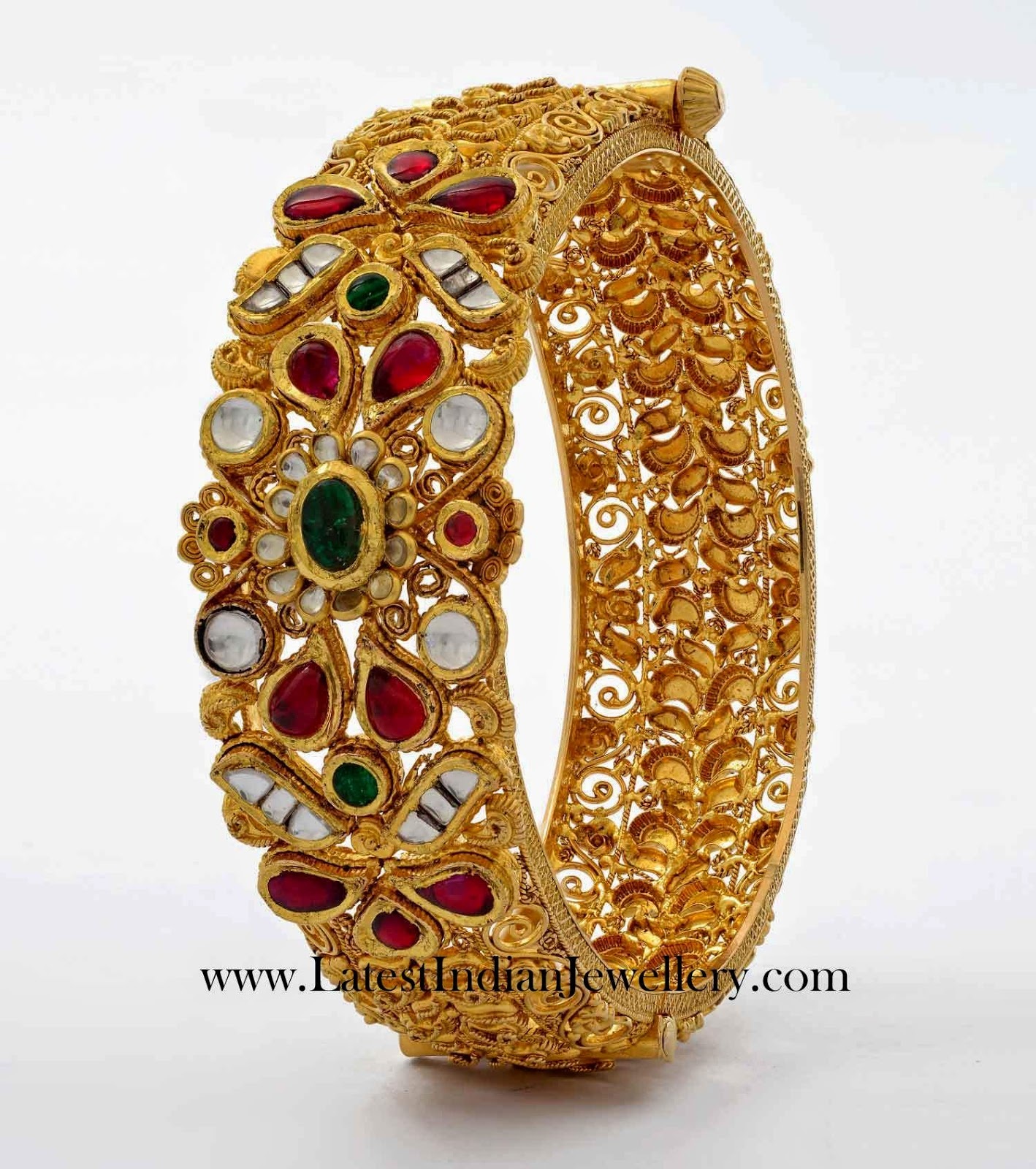 Intricate Design Gold Kada Bangle
