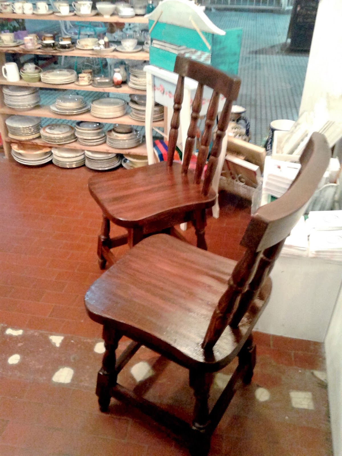La bladousse restauraciones sillas windsor restauradas - Sillas restauradas ...