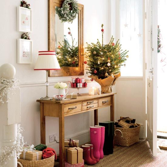scandinavian-swedish-style-christmas-decor-tree-beautiful-entry-boots-baskets