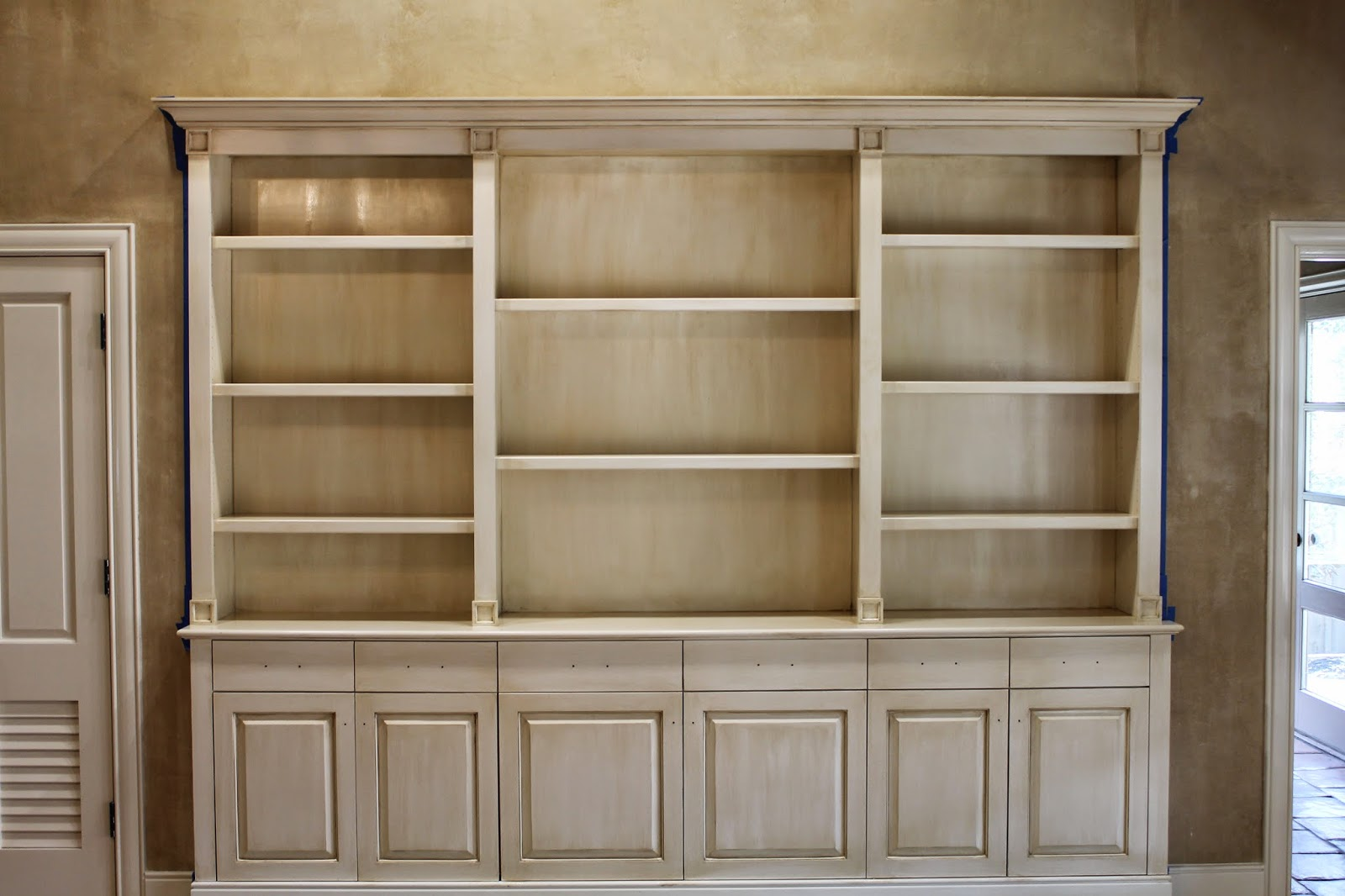 The ragged wren : How-To: Glazing Cabinets