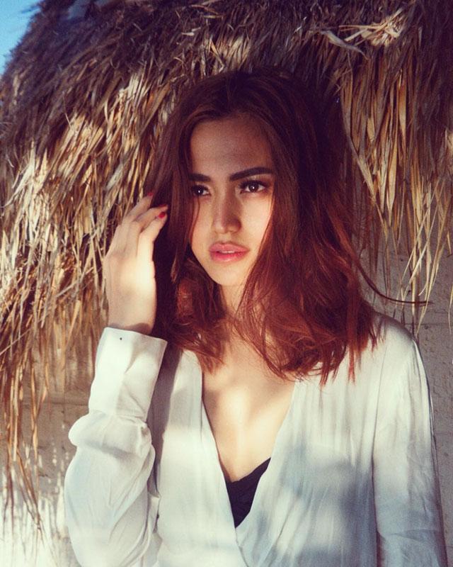 Koleksi Foto Seksi Cantik Jessica Iskandar HOT