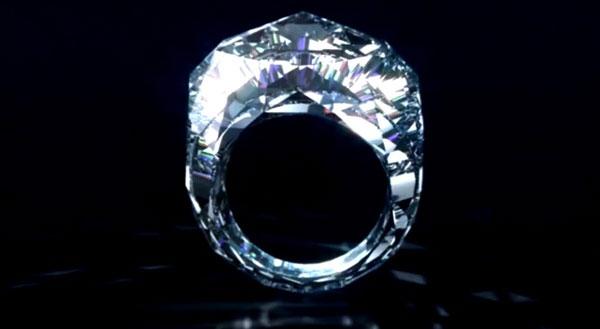 Cincin diperbuat dengan 100% berlian pertama di dunia   harga usd70j