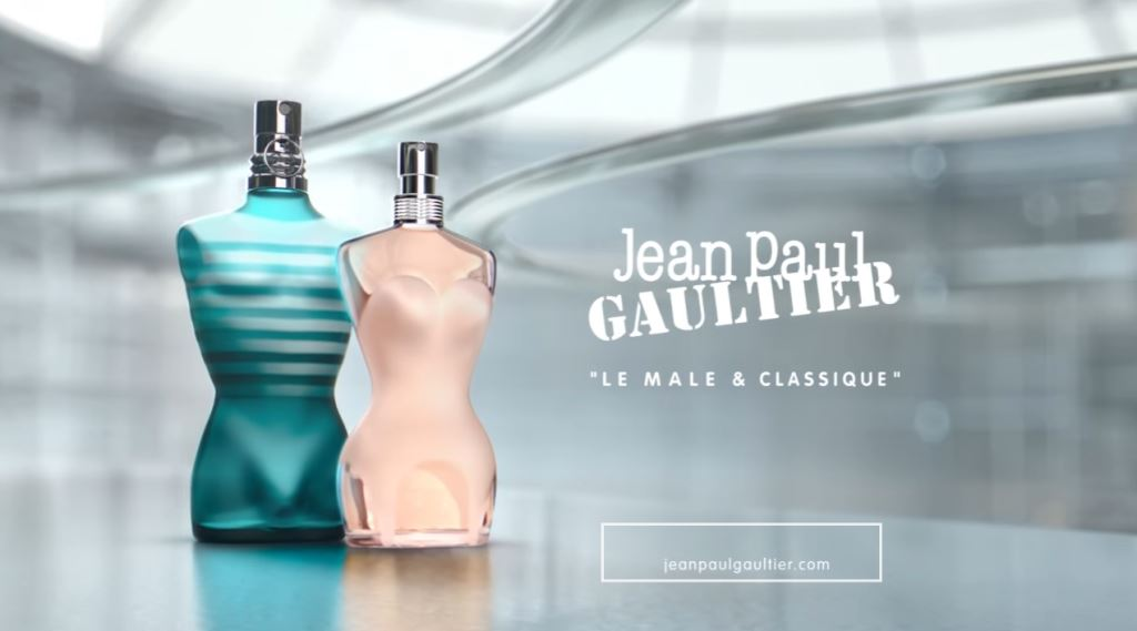 Bionda modella testimonial starring Pubblicità profumo Jean Paul Gaultier spot fabbrica con vari modelli - Dicembre 2016