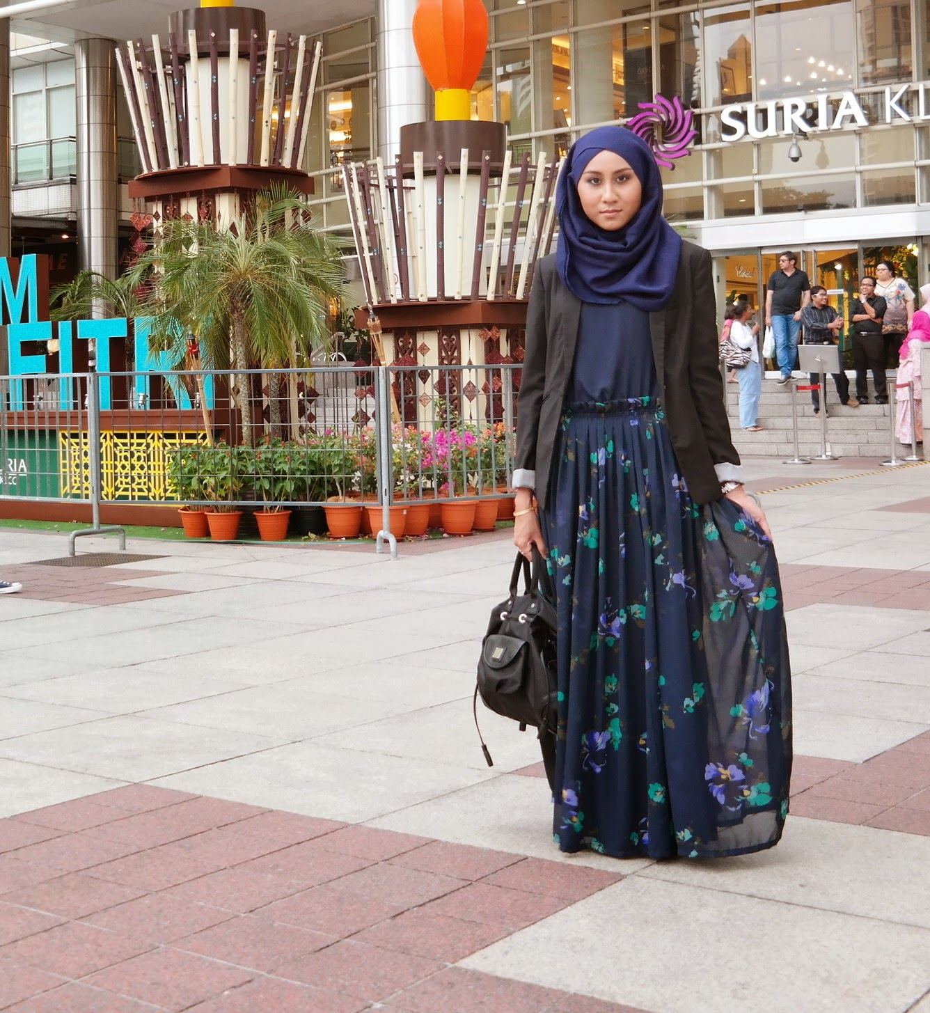 f89a9ded9e9a Smart Casual Attire For Dinner Muslimah