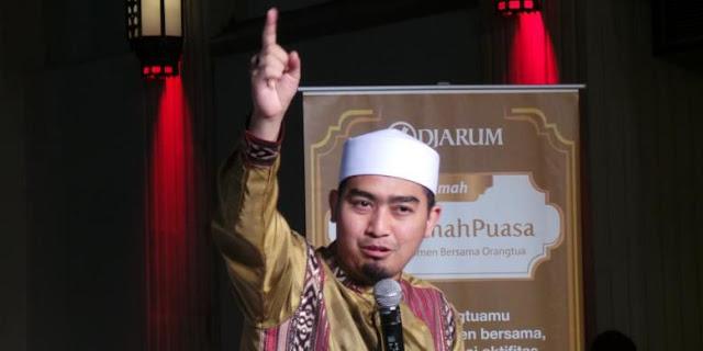 Ustaz Solmed 10 Jam Mendekam di Ruang Tahanan Imigrasi Singapura
