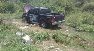 Condutora perde controle e capota caminhonete na RN 032 em Felipe Guerra/RN