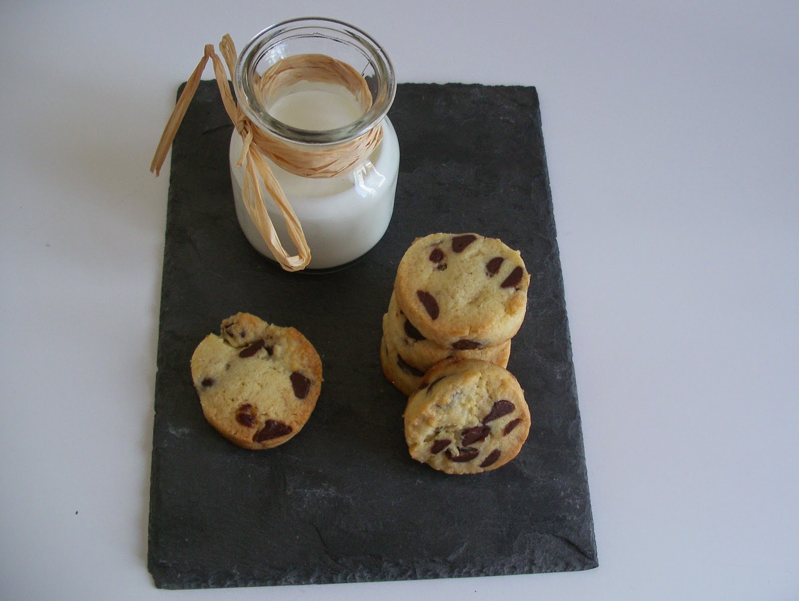 Chocolate chip sablè cookies