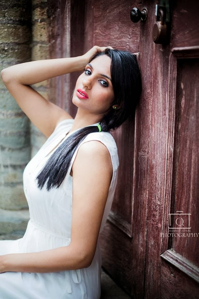 Beautiful Girl Eyes Wallpaper Japji Khaira Latest Hd Pictures Gallery 1 Hdcolorspictures