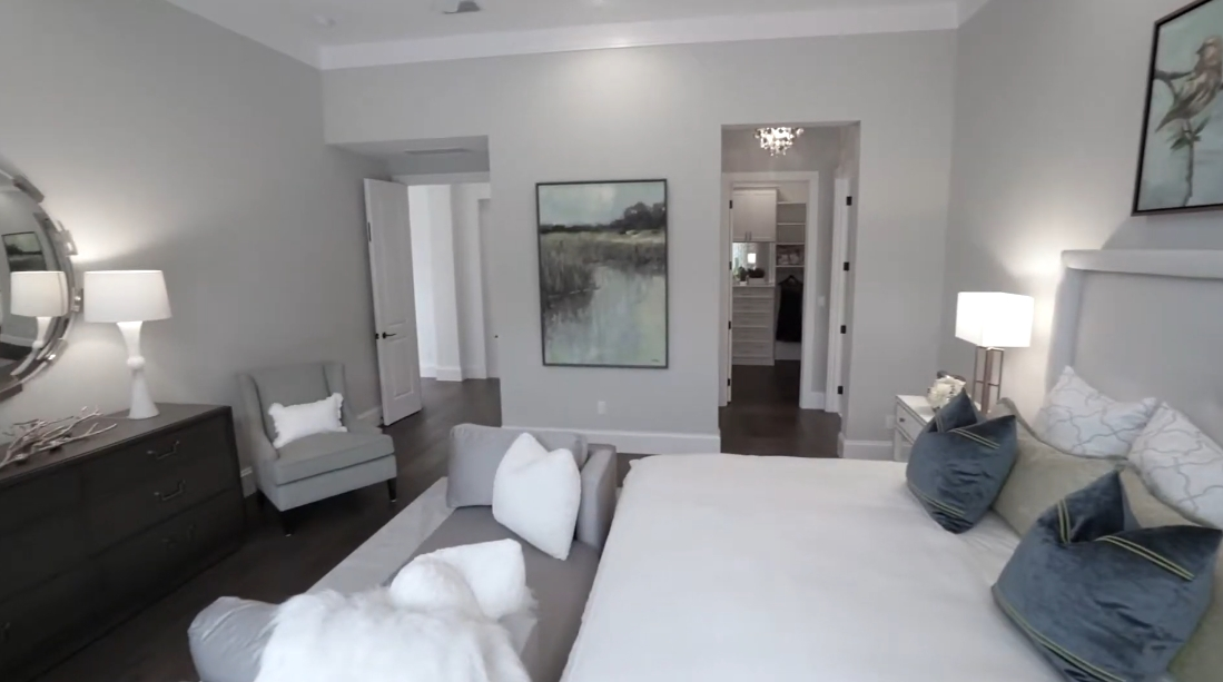 16 Interior Design Photos vs. 1806 Oleander Street, Sarasota, FL Luxury Model Home Tour