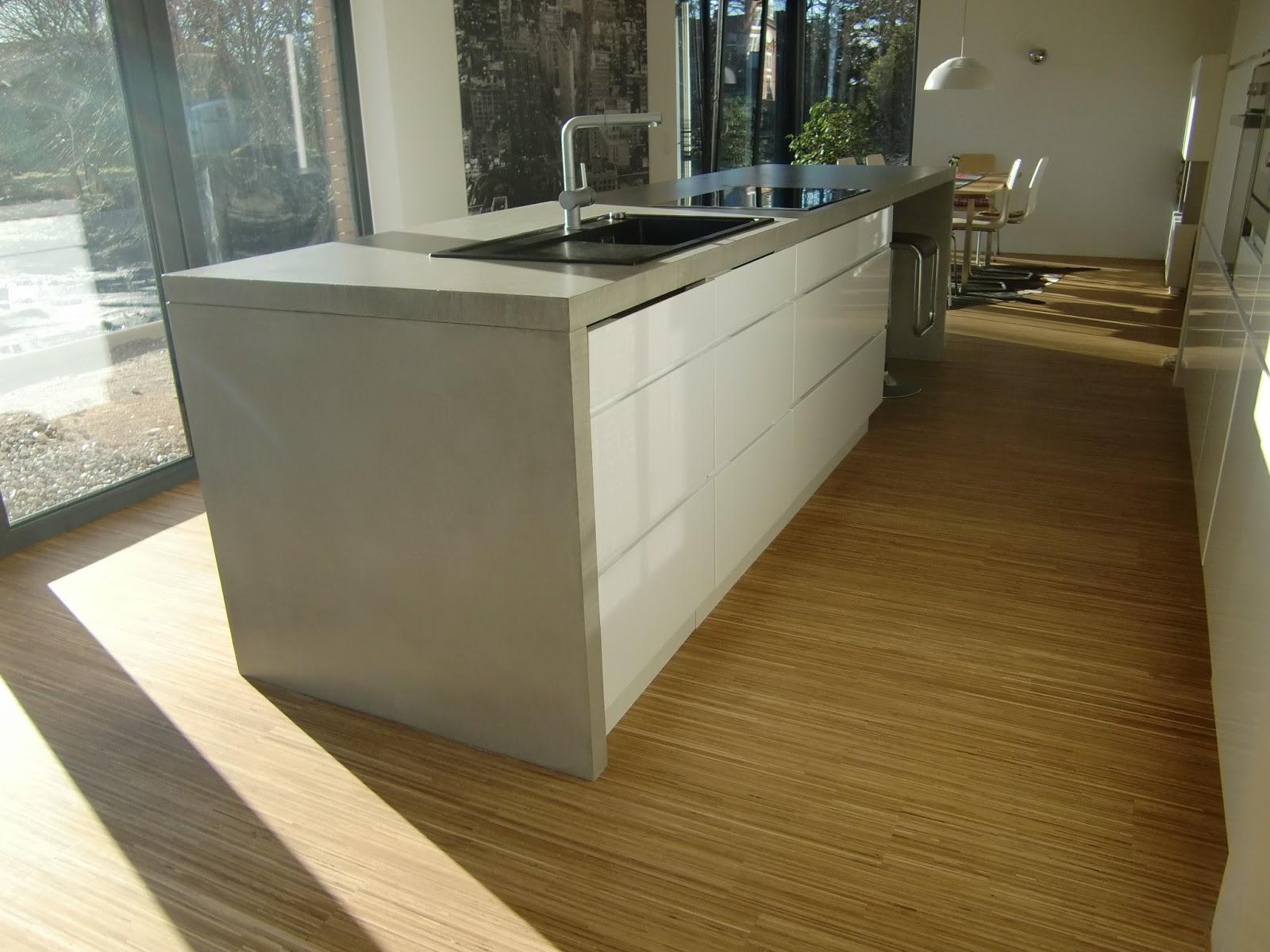 kchen selber bauen finest man knnte schmalen bartresen selber bauen und sich in der wohnung. Black Bedroom Furniture Sets. Home Design Ideas