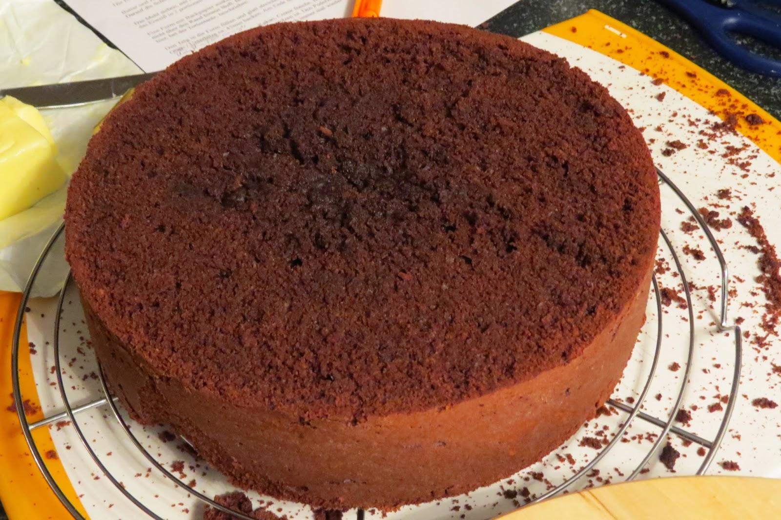 Minion, Devils Food Cake