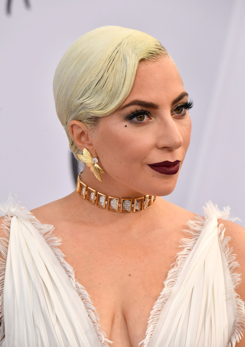 6 Standout Beauty Looks From The SAG Awards 2019
