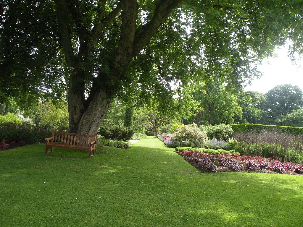 Le blog de parcs et jardins de l 39 oise jardin de savill en for Jardin anglais en angleterre