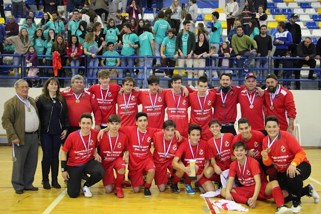 U. D. Castromarinense encerrou temporada com quatro títulos em futsal