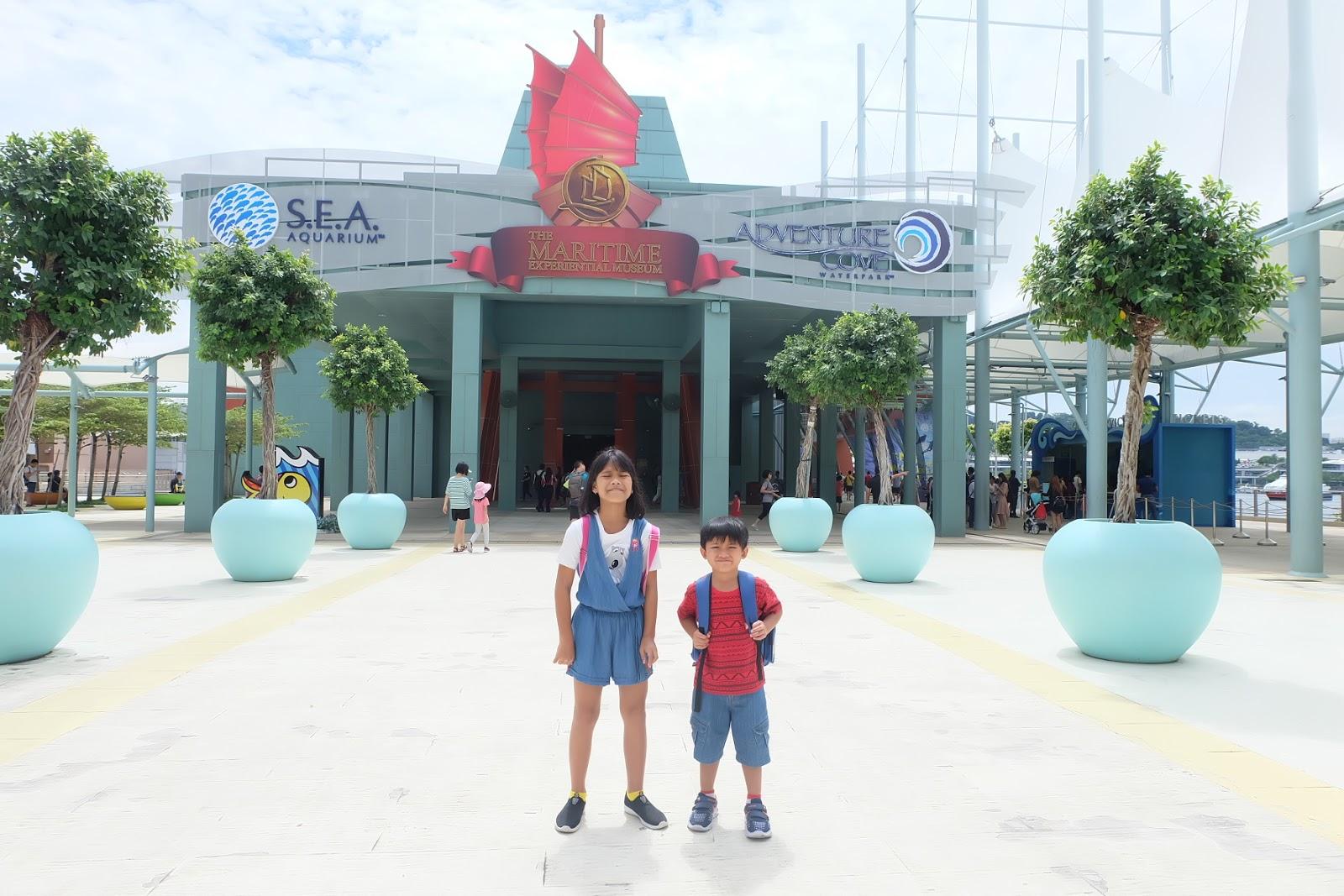 City Tour In Singapore Mustafa Uss River Merlion Sea Aquarium Dewasa