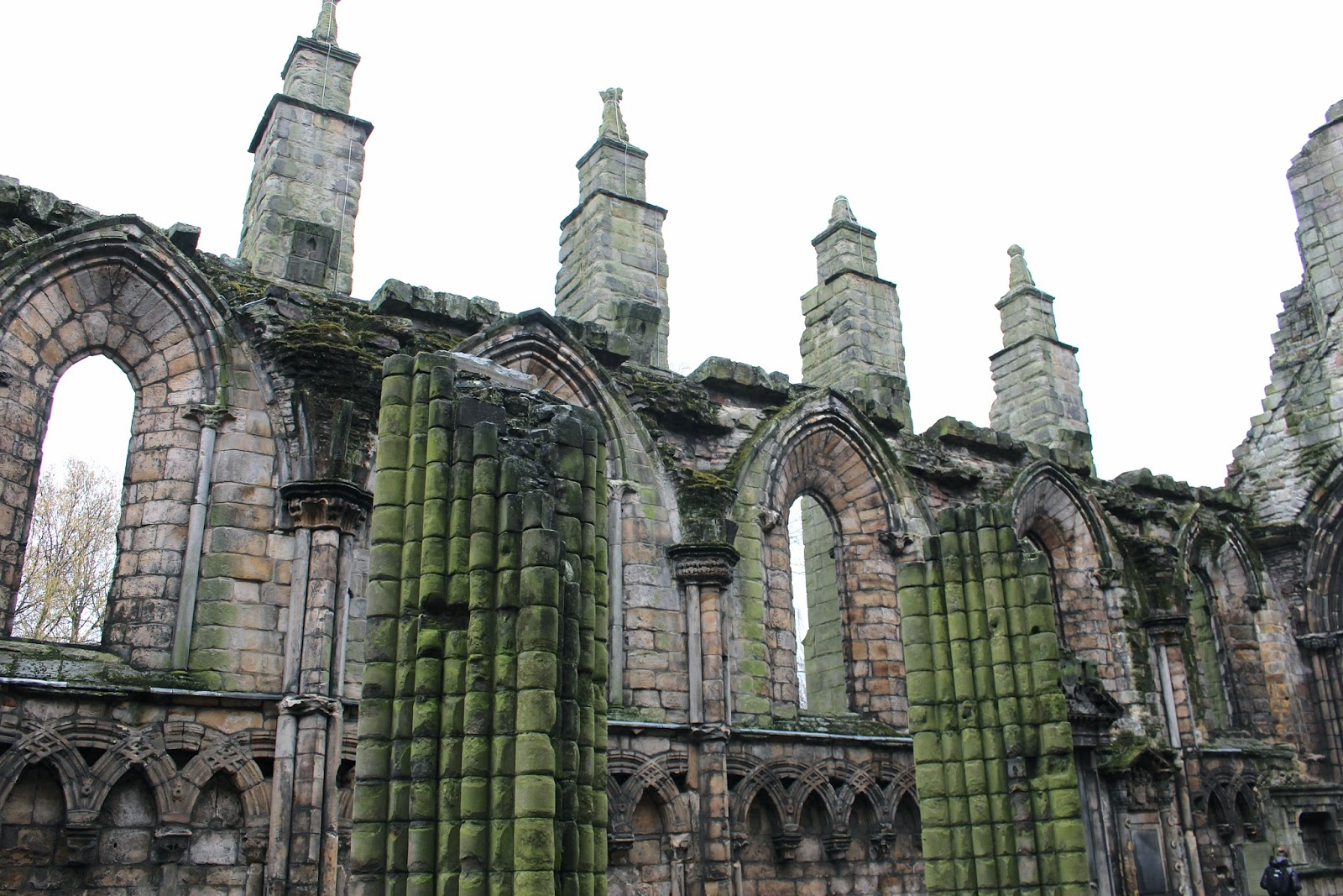 Holyrood Palace Abbey ruins photography