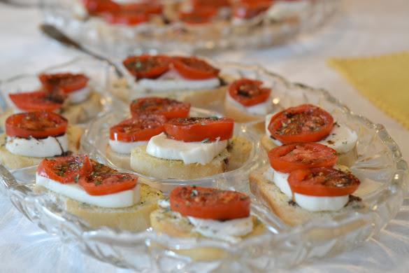 Cherry tomato and mozzarella Bites