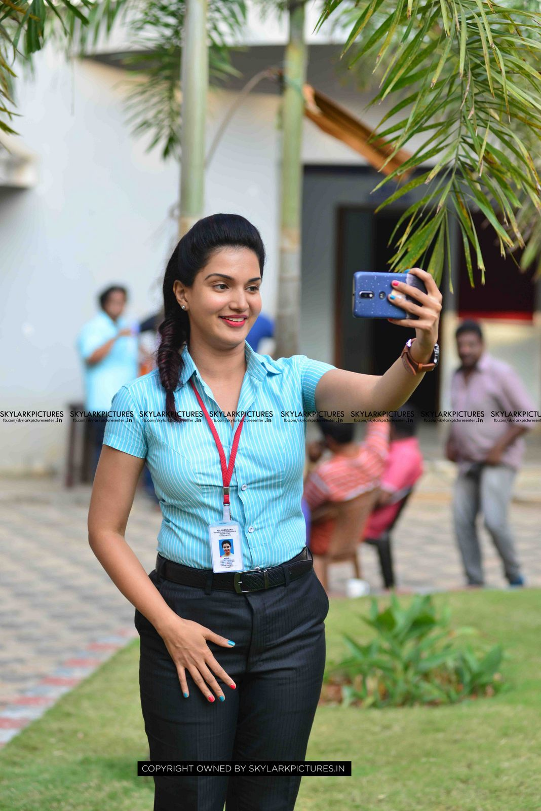 Honey Rose latest photos from Chunkz Movie Location « Mallufun.com