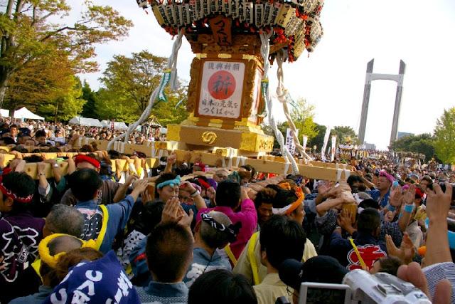 O-Edo Mikoshi Matsuri (float parade) at Kiba Park, Koto, Tokyo