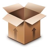 Üzerinde yukarıyı gösteren ok işaretleri olan ağzı açık karton kutu