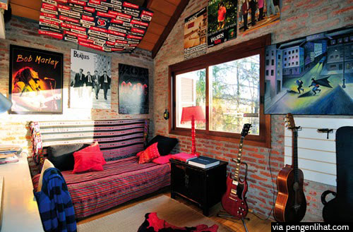 foto kamar bertema musik