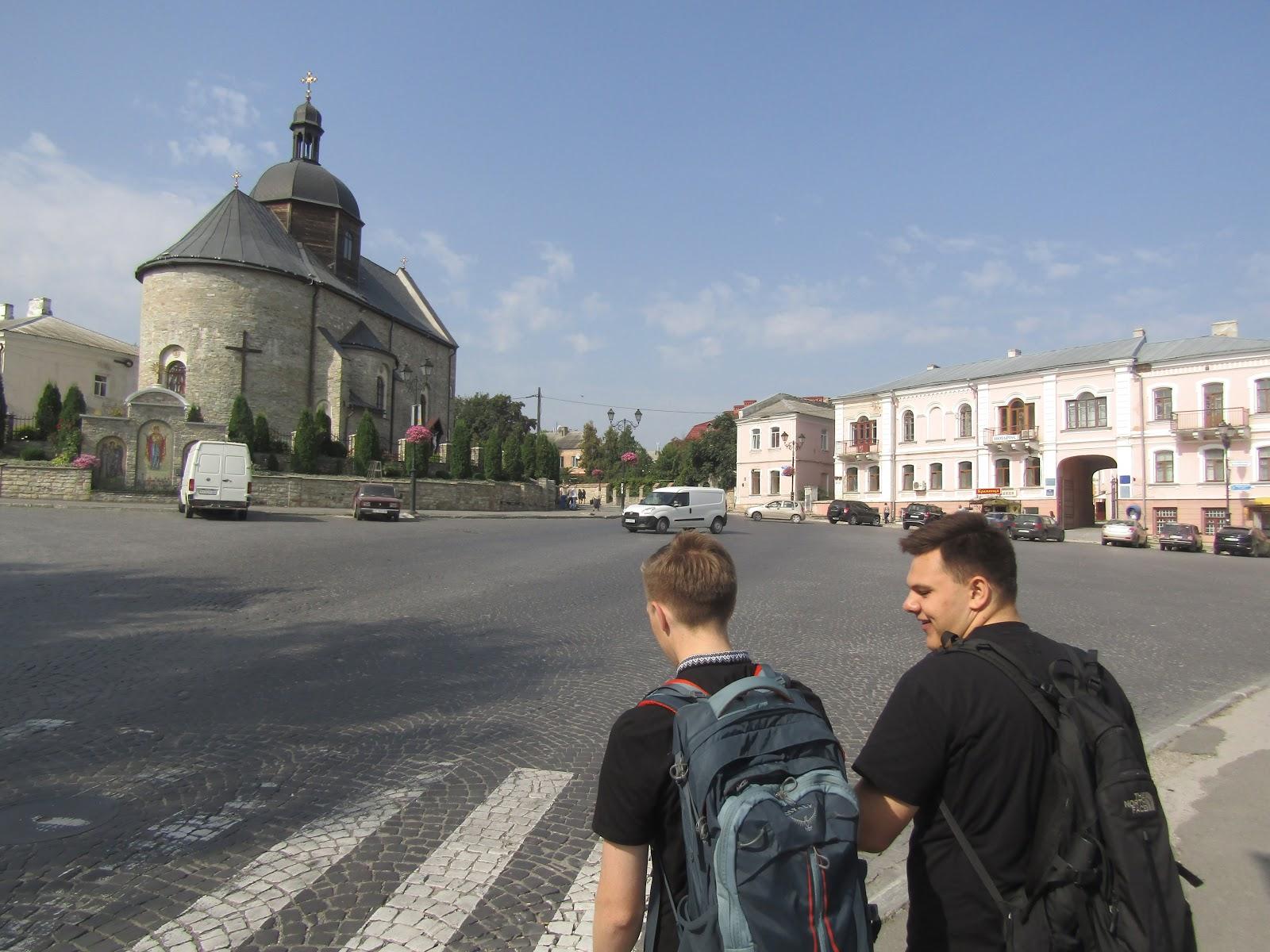 Driving schools of Chernivtsi: phone numbers, addresses