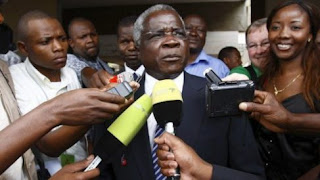 Mozambiques Opposition Indefinitely Extends truce