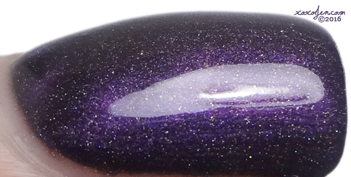 xoxoJen's swatch of Parrot Polish~Magneto