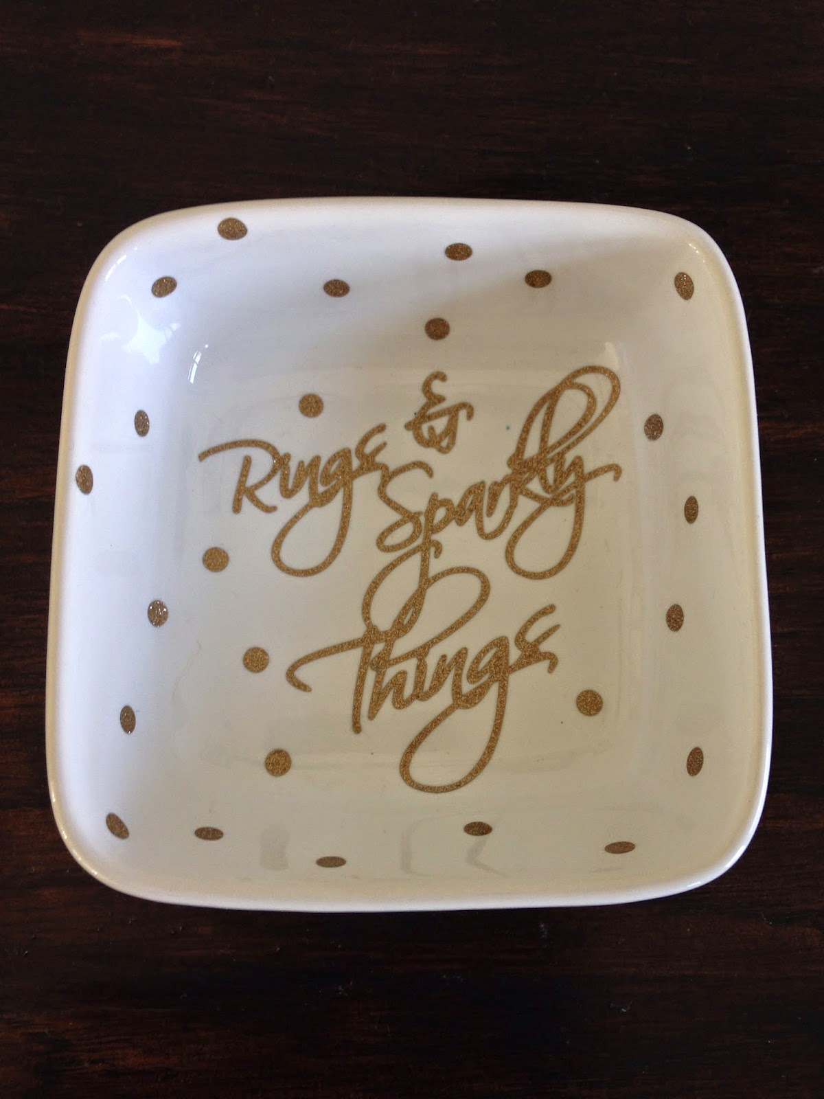 DIY, do it yourself, ring dish, Silhouette tutorial, text, polka dots