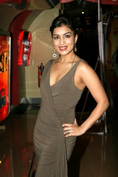 Romance With 24 World : Pallavi Sharda all photo collection