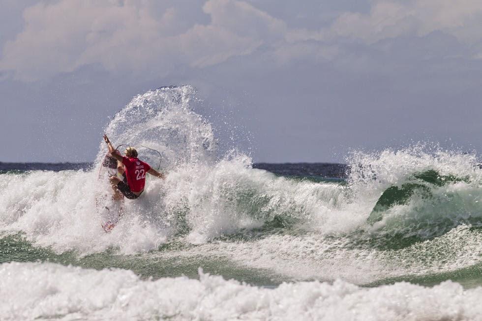1 Quiksilver Pro Gold Coast 2015 Kolohe Andino Foto WSL Kelly Cestari
