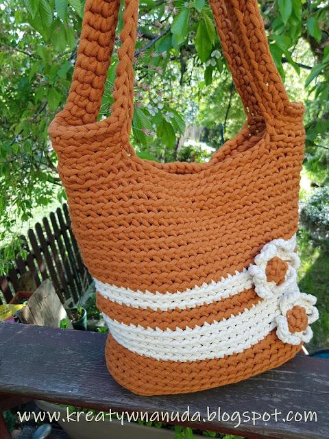 ruda serialowa …sznurkowa torba…