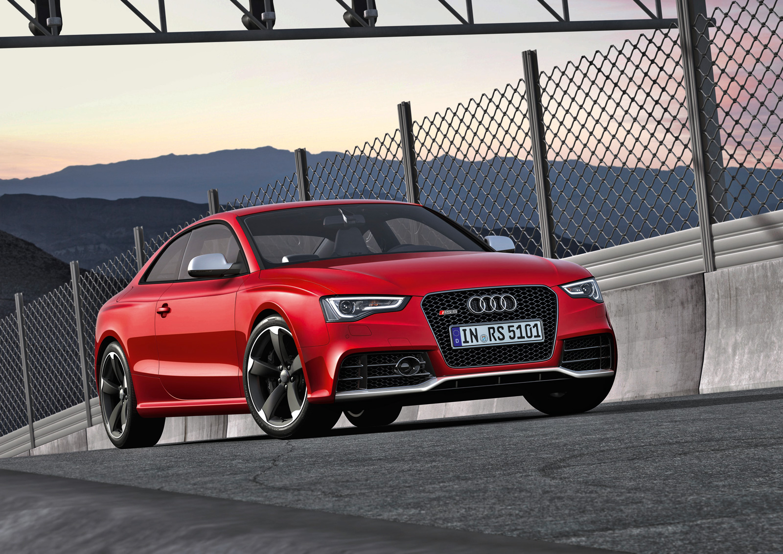 the new audi rs5 unveiled. Black Bedroom Furniture Sets. Home Design Ideas