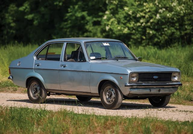 Γιατί αυτό το ρημάδι Ford Escort του '76 κοστίζει 300 χιλιάρικα; (photos)