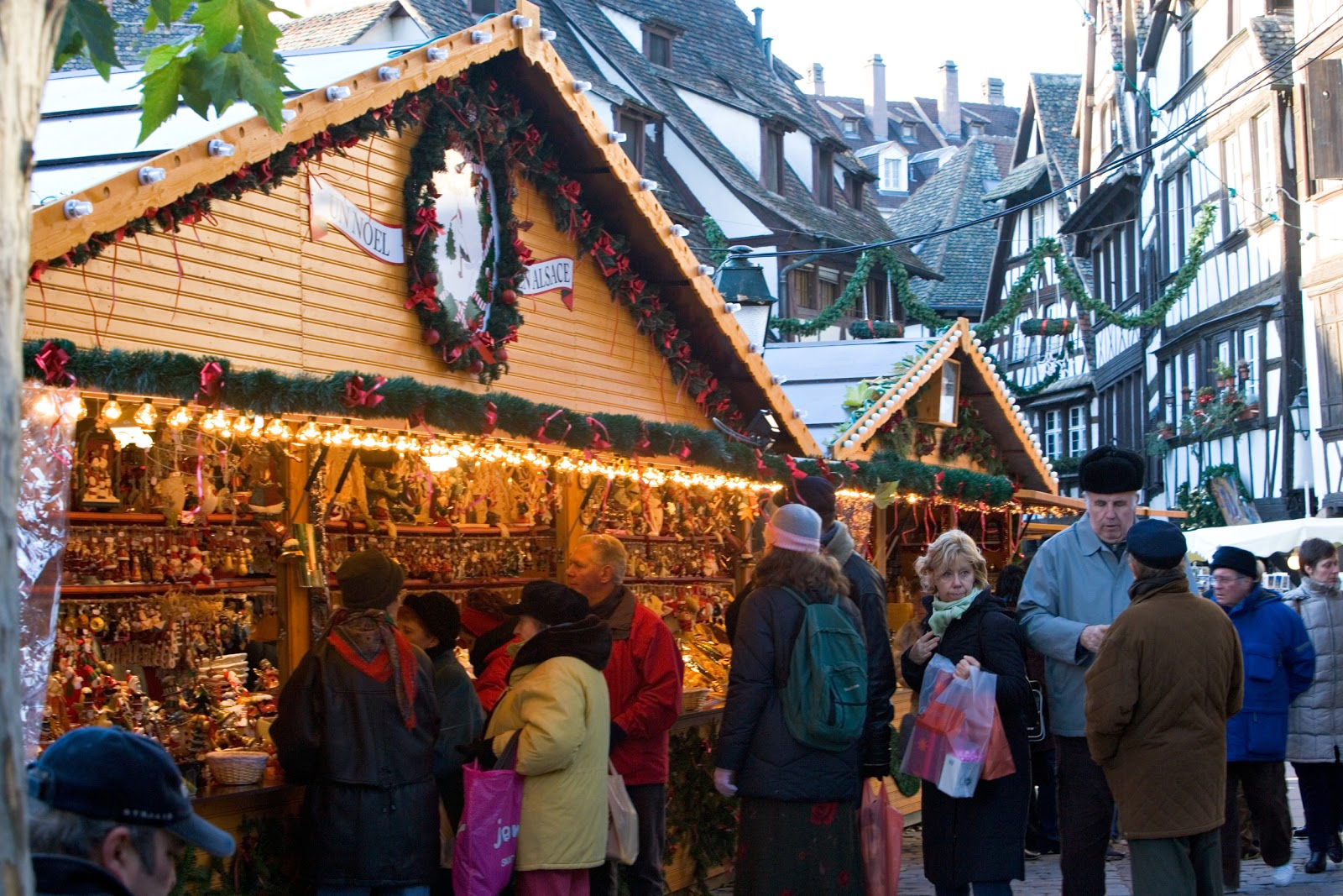 Strasbourg's Christmas Market Chalets offer delightfully decorated stalls brimming with hand-crafted gifts and ornaments not to mention the tantalizing aromas wafting through the air with the promise of gourmet delights and spicy mulled wine. © CRTA - Meyer.