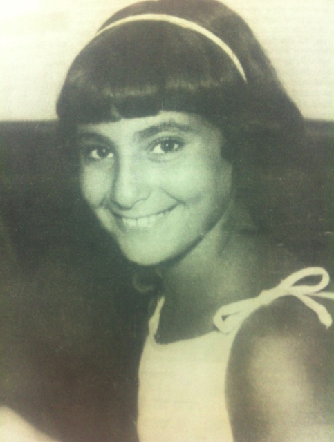 מרים שוקר בצעירותה