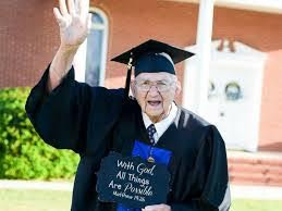"""I wanted that degree"" Grandfather says as he graduates from college at 88 with straight As"