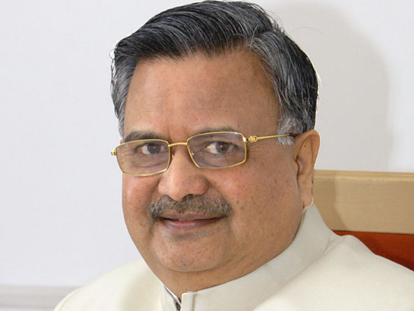 Chhattisgarh CM Raman Singh announces bonus of Rs 277 Cr to tendu leaves collectors