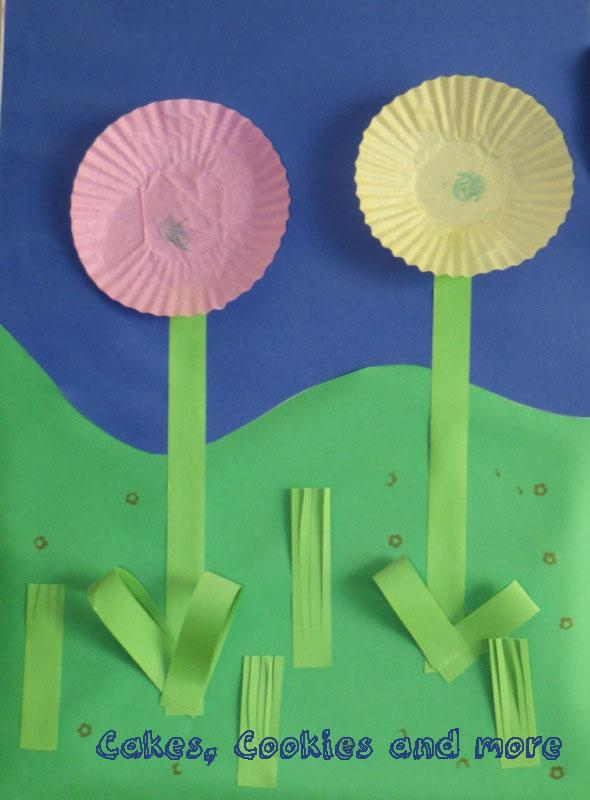 basteln mit kindern wie aus cupcakesf rmchen blumen werden mit einer kleinen anleitung cakes. Black Bedroom Furniture Sets. Home Design Ideas