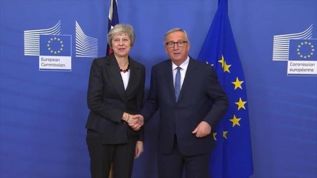 Acuerdo de Brexit aísla a May en su propio partido