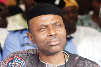 Labour Protests As Mimiko Returns to Pick LP Presidential Nomination Form